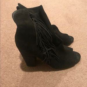 Dolce Vita Black Fringed Boots- open toe